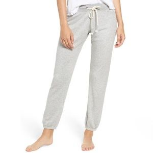 Make + Model Dreamy Fleece Jogger Pants